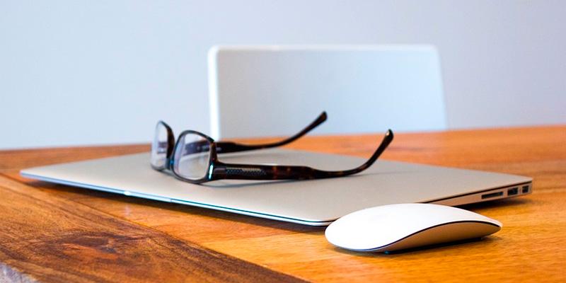 9 trucos para cuidar tus gafas